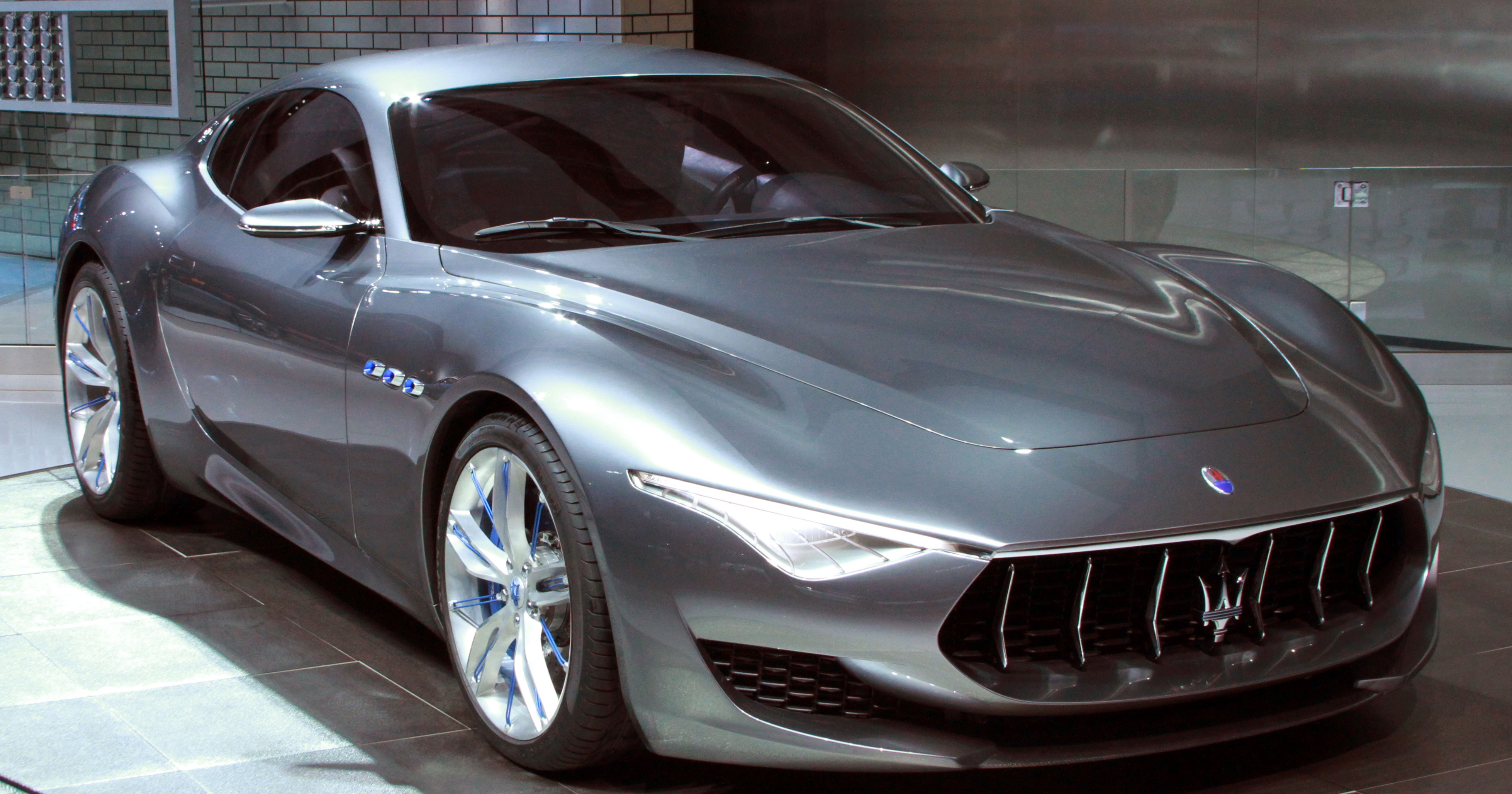 5 reasons to get excited about the maserati alfieri maserati of seattle blog. Black Bedroom Furniture Sets. Home Design Ideas